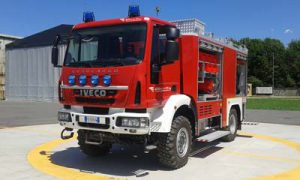 Example Heavy airportual rescue and fire fighting vehicle